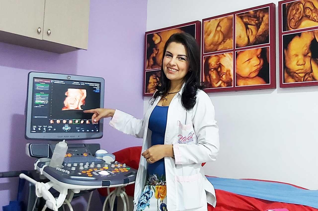 Dra Nicol Corredor Ginecologa Obstetra Perinatologa